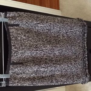 Gorgeous tweed pencil skirt, never worn.